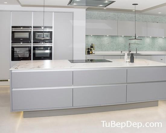 70e10bdd06a7667f_8028-w550-h440-b0-p0-modern-kitchen