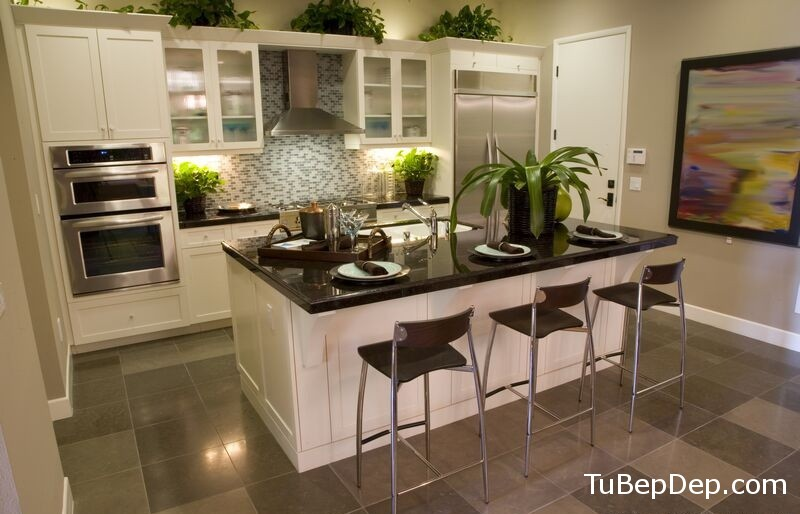 kitchen-cabinets-traditional-white-058-s6348013-transitional-island