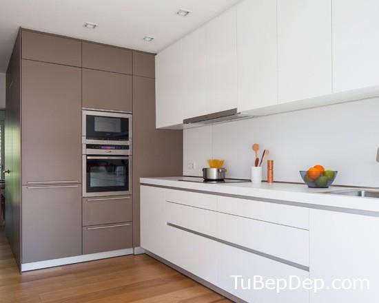 be51d6e9056db095_3335-w550-h440-b0-p0-modern-kitchen
