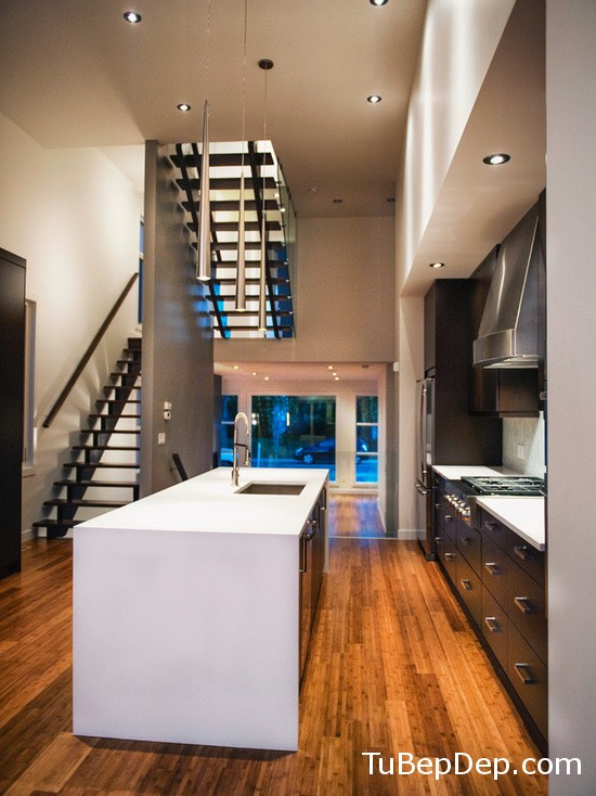 46c1d38c03e2306c_1100-w550-h734-b0-p0-modern-kitchen