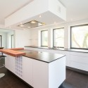 744174d70559ca86_8811-w550-h440-b0-p0--modern-kitchen