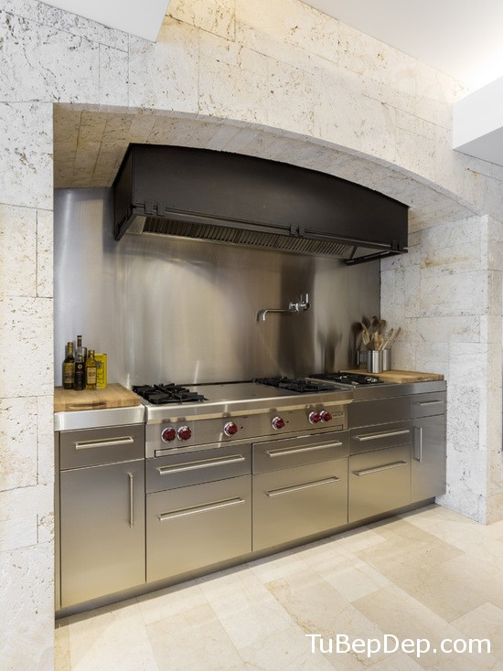 830193af0050eba9_0596-w550-h734-b0-p0--modern-kitchen