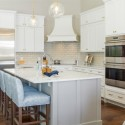 17a1a31f08ee5338_9460-w550-h440-b0-p0-q93--beach-style-kitchen